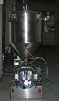Дозатор для вязких продуктов с двойным наполнением